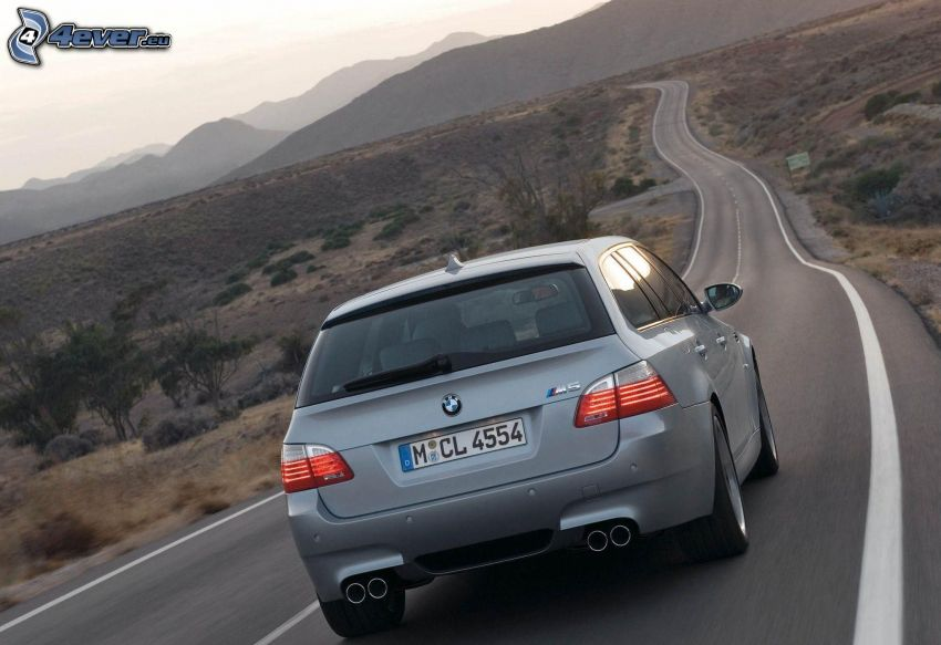 BMW M5, combi, route, collines