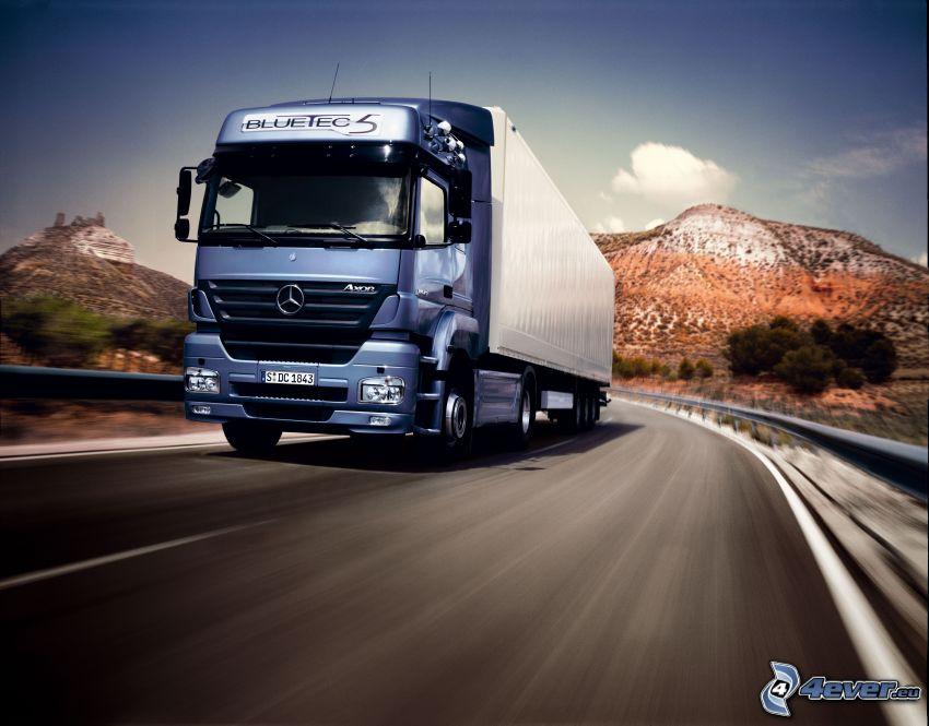 Mercedes-Benz Axor 1843 Bluetec5, camion, route