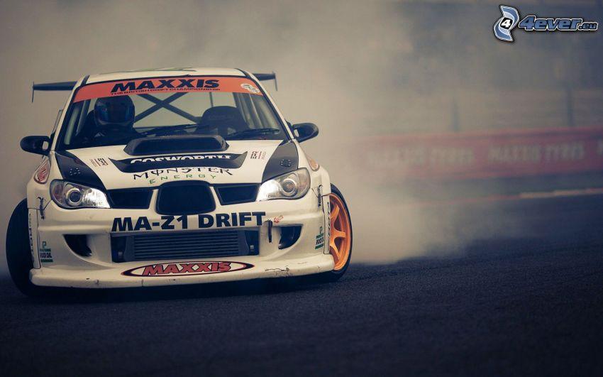 Subaru Impreza, drift, fumée