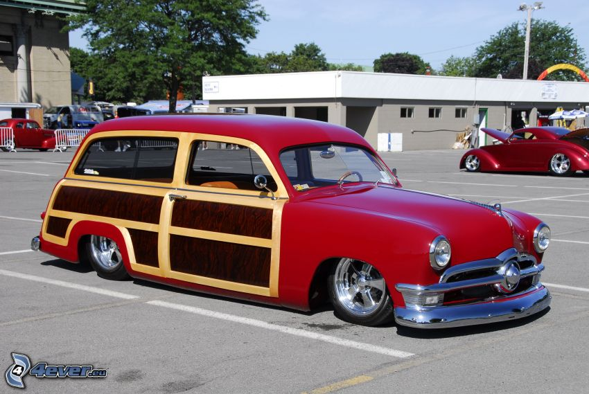 Ford Woody, automobile de collection, parking