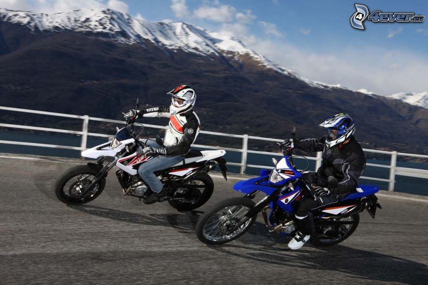 motocross, tournant, Yamaha WR125, montagne
