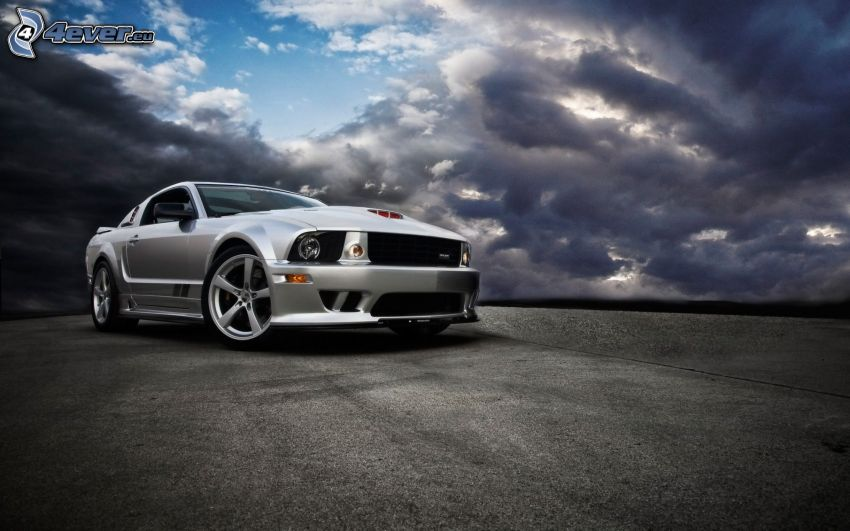 Ford Mustang, nuages
