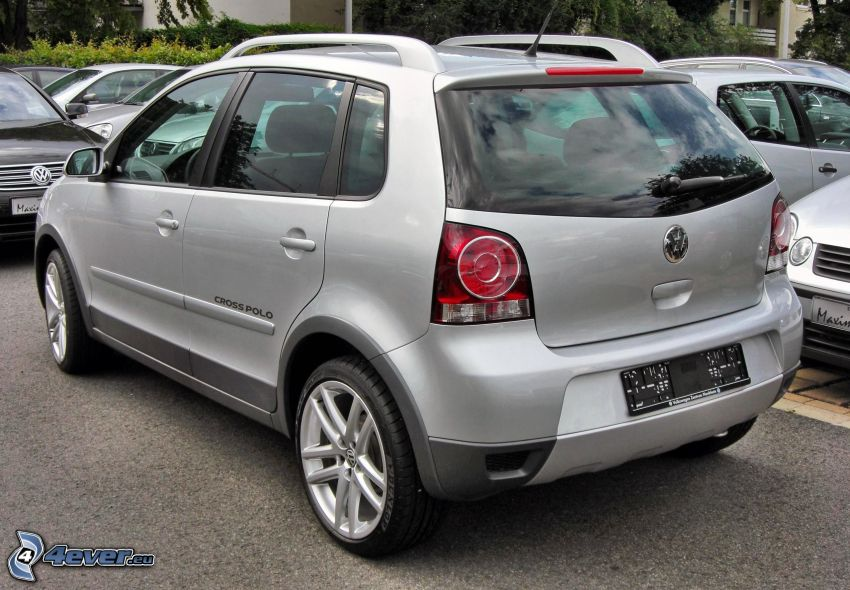 Volkswagen Cross Polo, parking