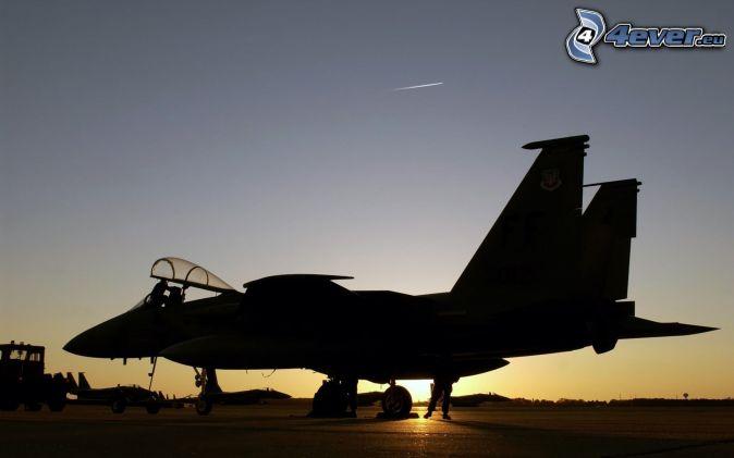 Aereo Da Caccia F15 : Aereo al tramonto