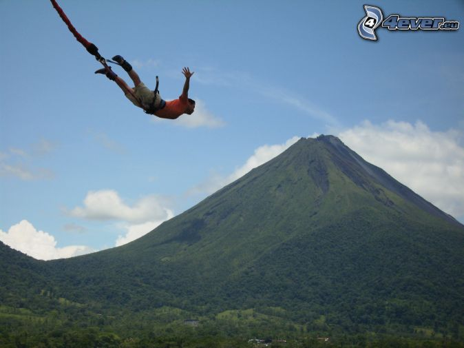 Bungee jumping, collina