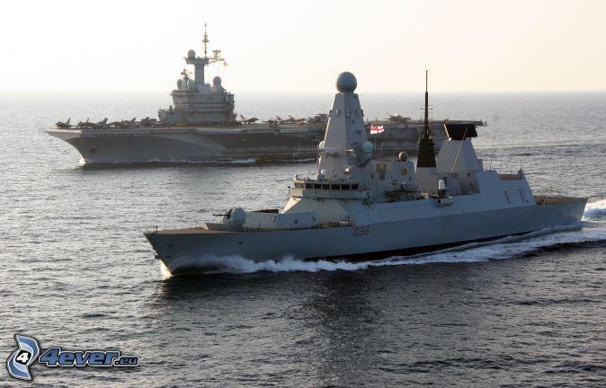 R91 Charles de Gaulle, portaerei, alto mare