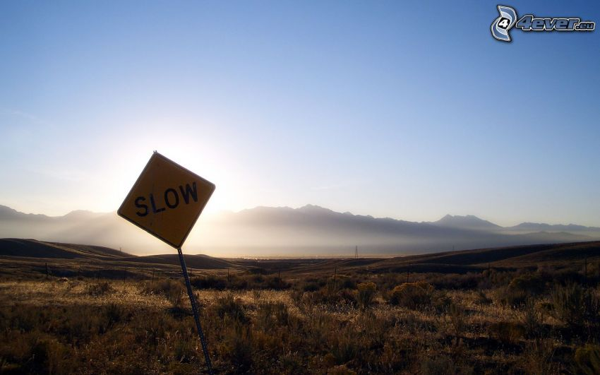 cartello stradale, montagna