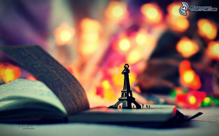 pendente, Torre Eiffel, libro