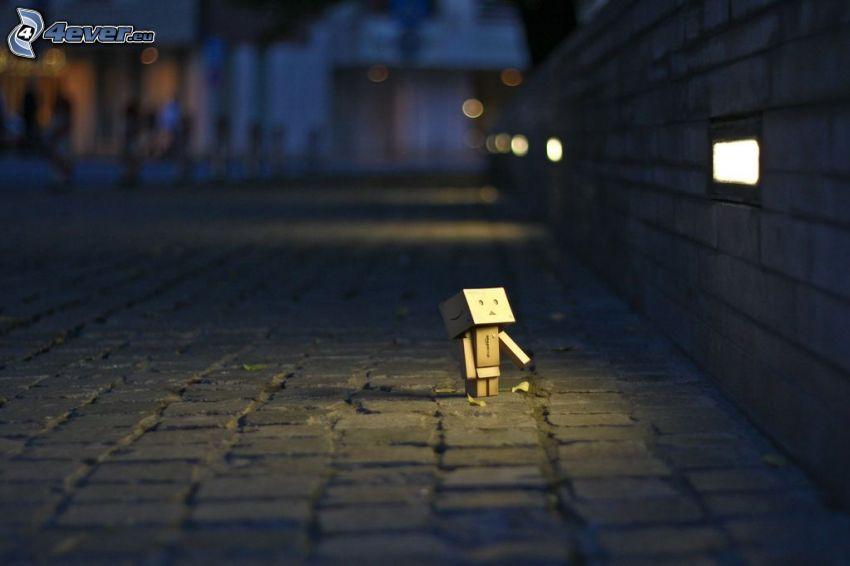 robot di carta, marciapiede