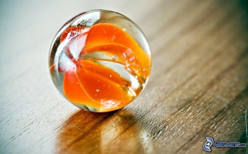 sfera di vetro, foglia gialla d'autunno