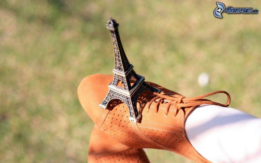 Torre Eiffel, gambe