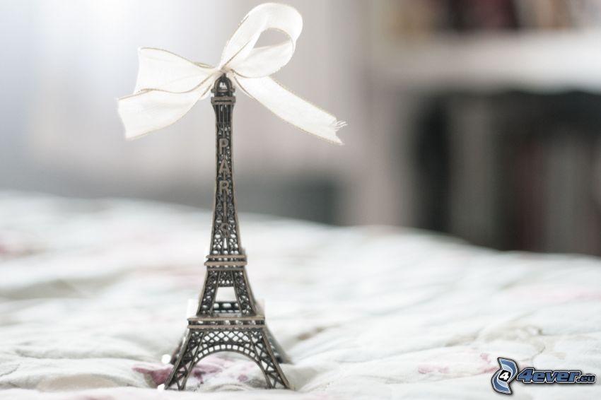 Torre Eiffel, pendente