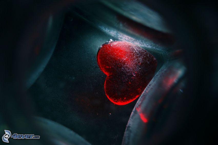 cuore nel vetro