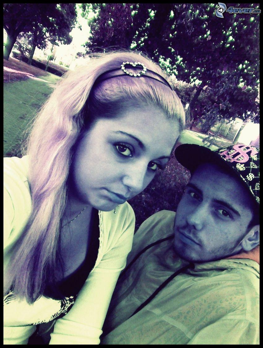 coppia su panchina, parco