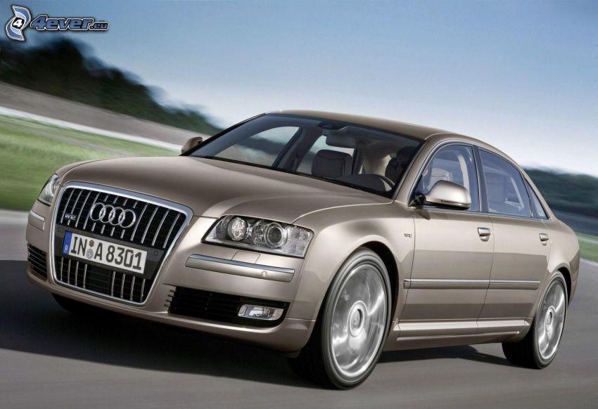 Audi A8 W12, velocità