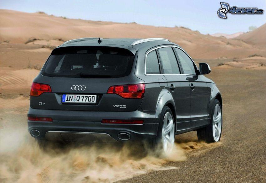 Audi Q7, polvere