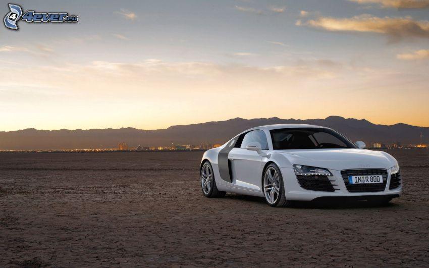 Audi R8, deserto, cielo