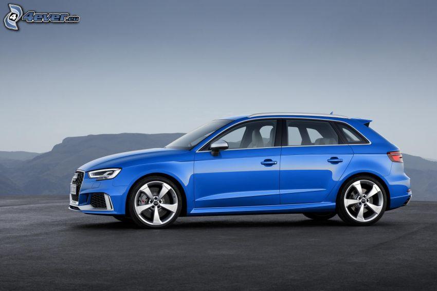 Audi RS3, montagna