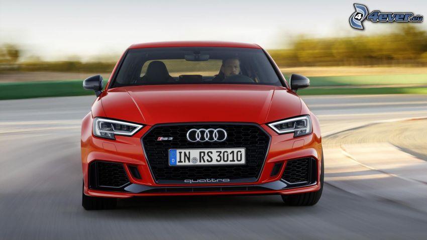 Audi RS3, velocità, curva