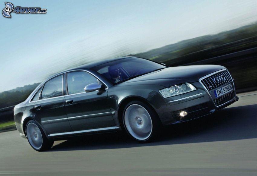 Audi S8, velocità