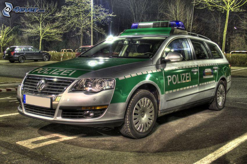 auto della polizia, Volkswagen Passat, HDR
