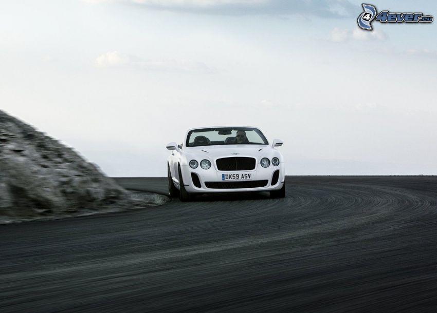 Bentley Continental, velocità, curva