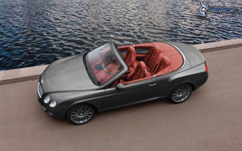 Bentley Continental GTC, cabriolet, acqua