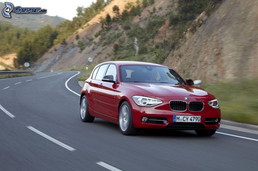 BMW 1, strada, curva