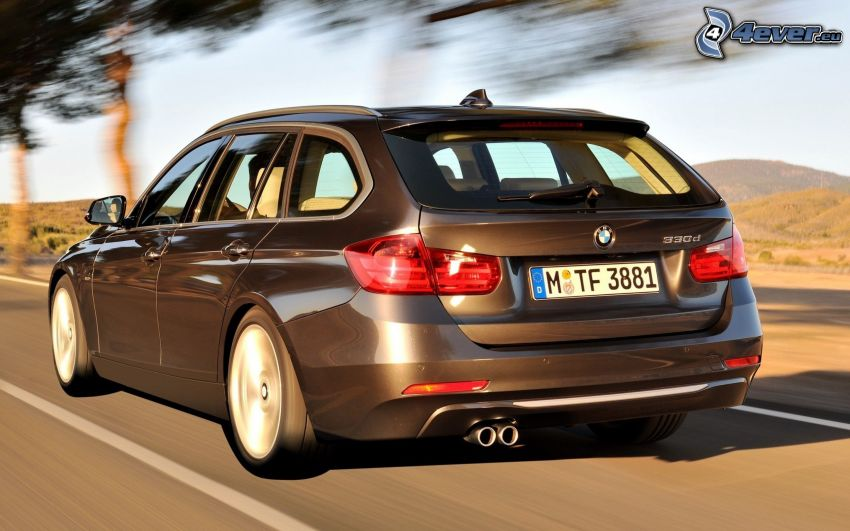 BMW 330d, strada