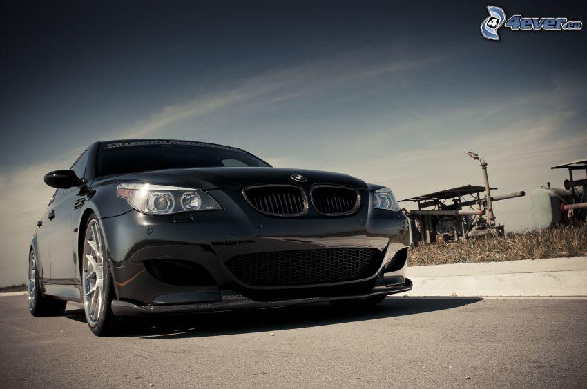 BMW E60, griglia anteriore