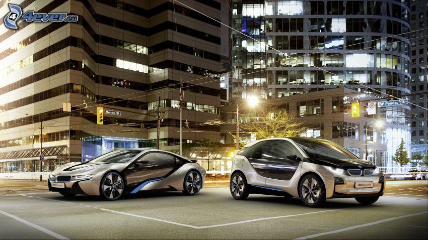 BMW i3 Concept, BMW i8, città notturno