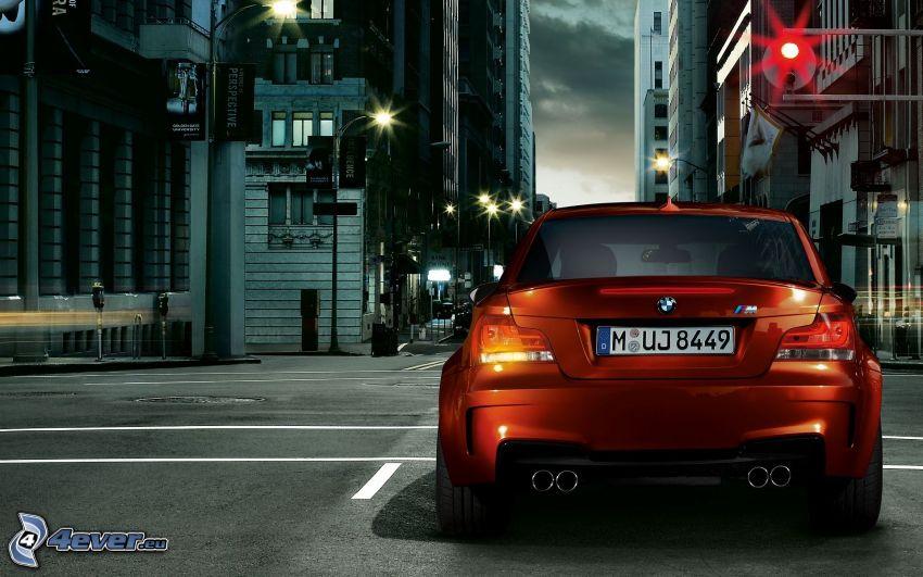 BMW M1, incrocio, strada