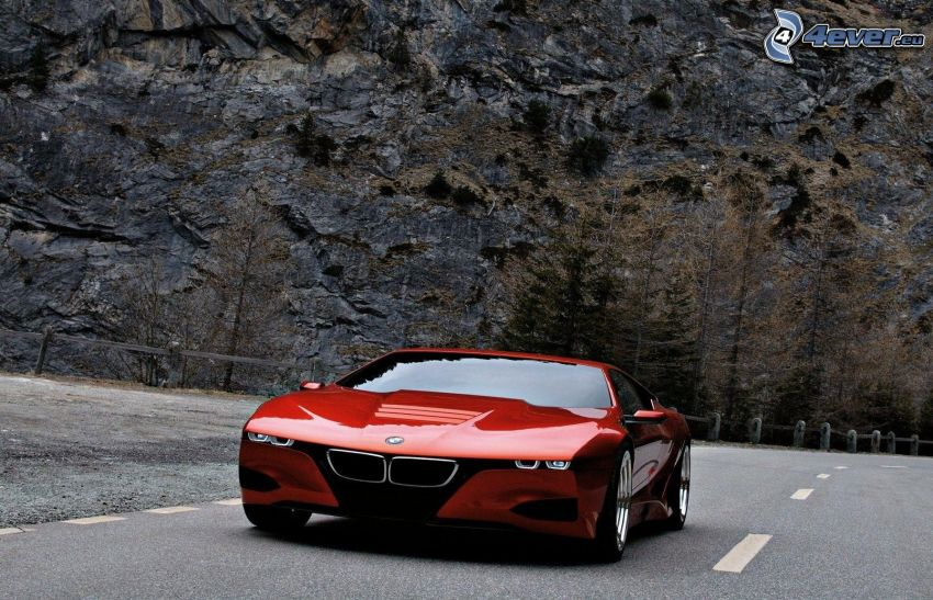 BMW M1, strada