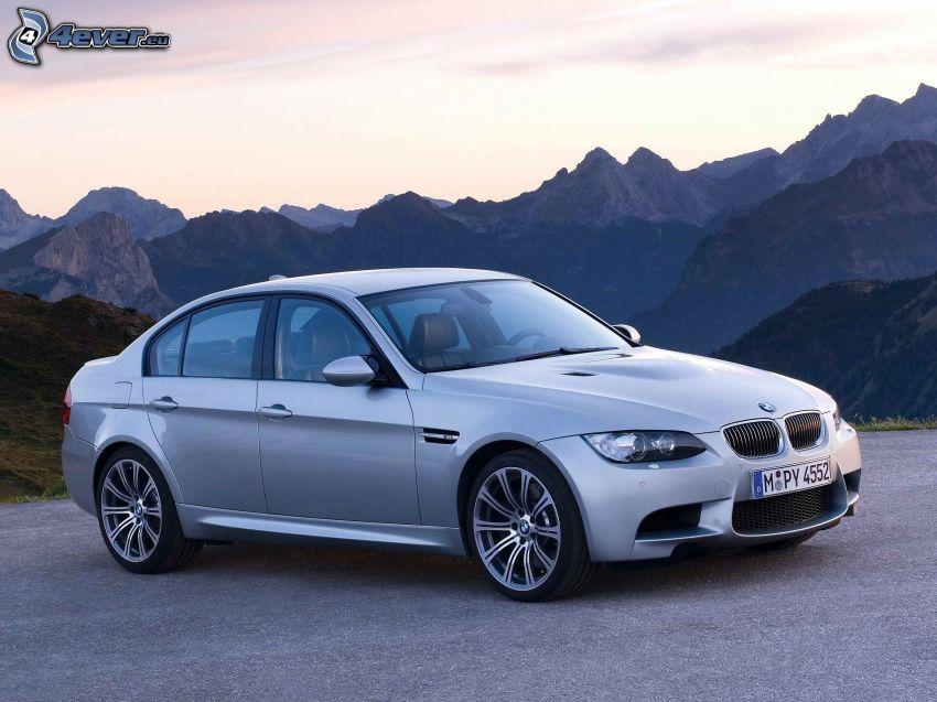 BMW M3, montagne rocciose