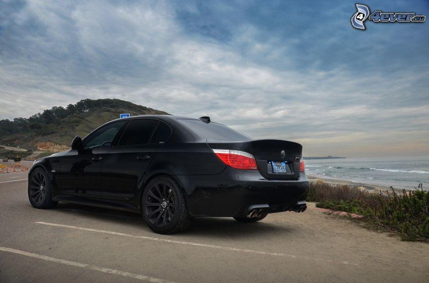BMW M5, mare