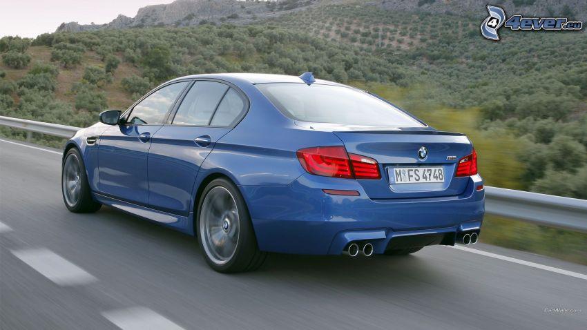 BMW M5, velocità