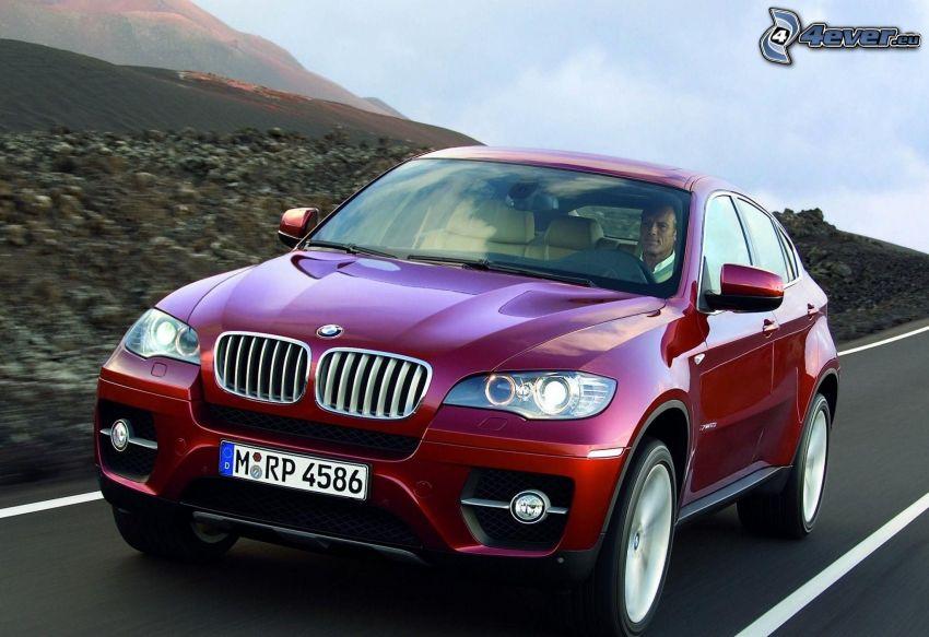 BMW X6, velocità