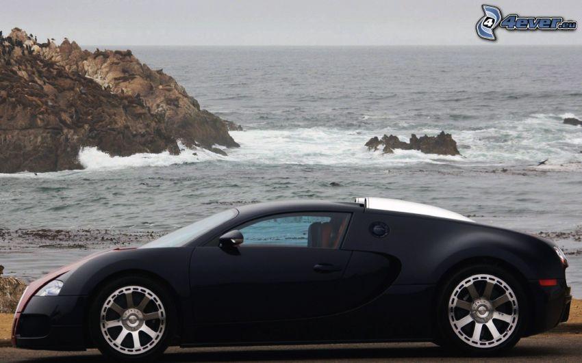 Bugatti Veyron, rocce nel mare, mare