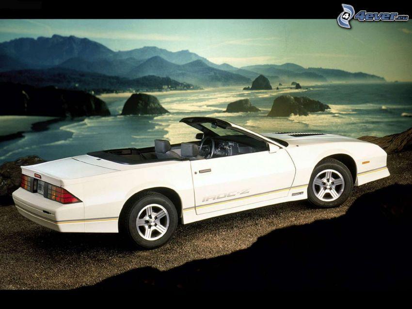 Chevrolet Camaro, cabriolet, veicolo d'epoca, rocce, lago