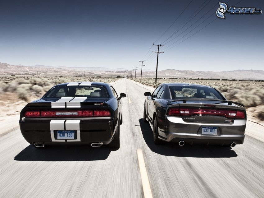 Dodge Challenger, strada, elettrodotto