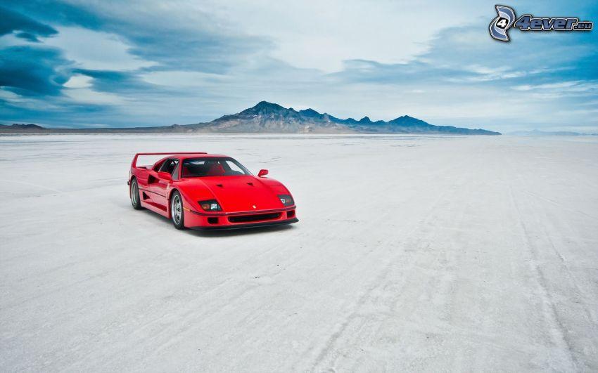 Ferrari F40, montagna
