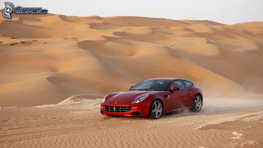 Ferrari FF, deserto