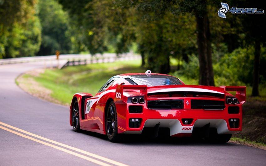 Ferrari FXX, curva
