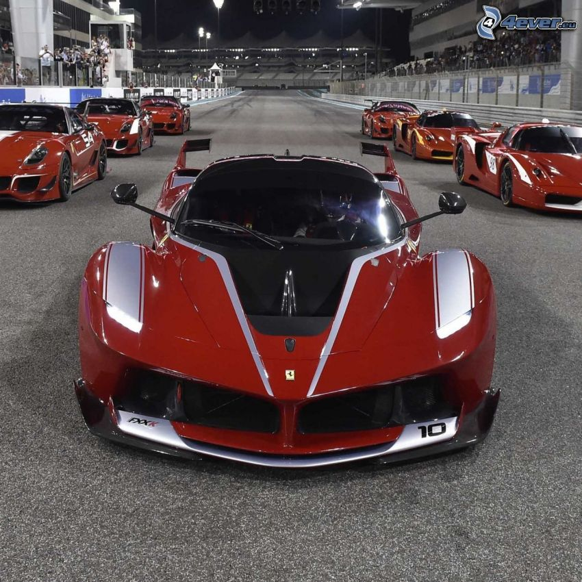 Ferrari FXX, gara, circuito da corsa