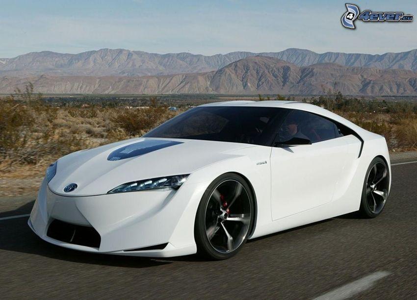 Hyundai Sonata, strada, velocità, colline