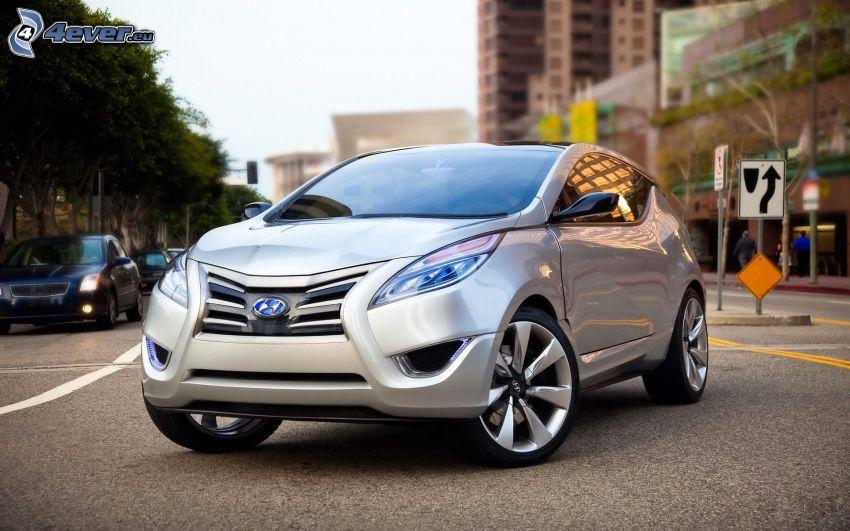 Hyundai Tucson, strada