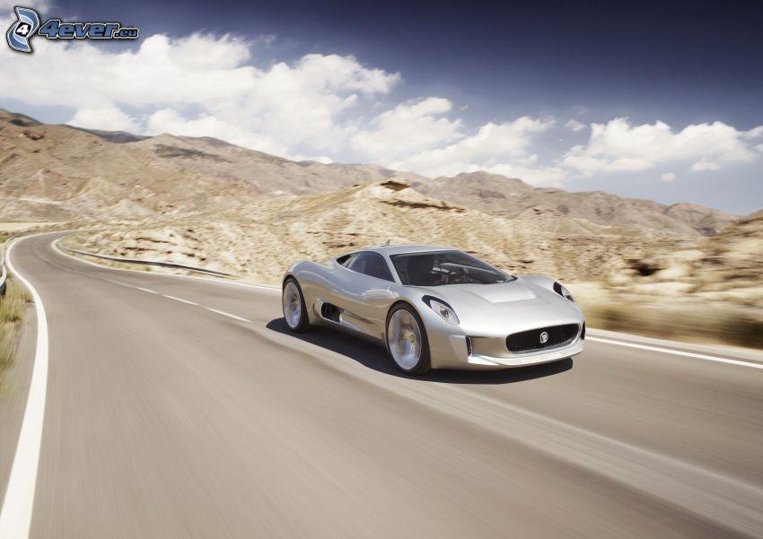 Jaguar C-X75, montagna, strada, curva, nuvole