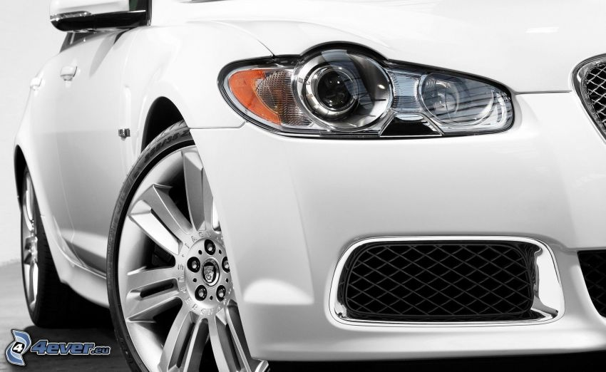 Jaguar XFR, faro automobile, Ruote