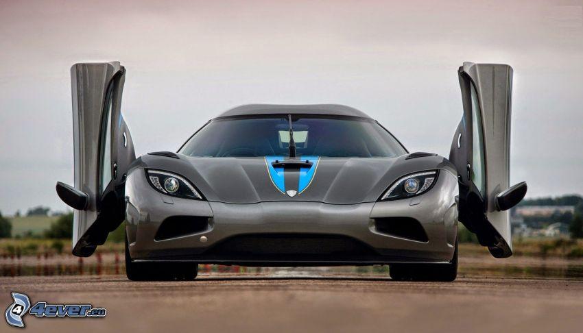Koenigsegg Agera R, porta