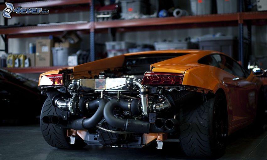 Lamborghini, motore